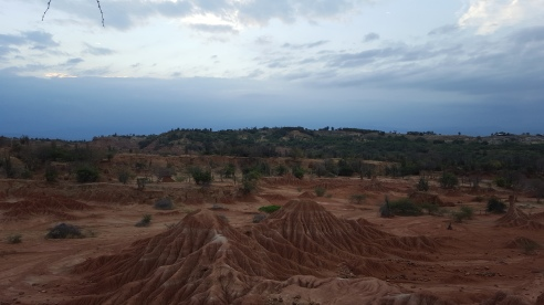 Desierto de la Tatacoa, Colombia, 18 infinitude ocre